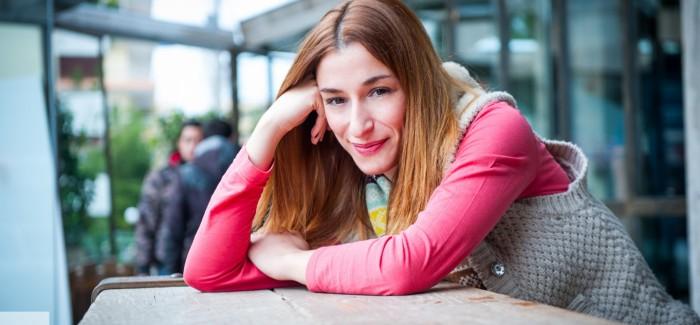 Μαρίζα Ρίζου - Το κοινό όσο κι αν σε απογειώνει μπορεί σε μία στιγμή μέσα να γίνει ανθρωποφαγικό
