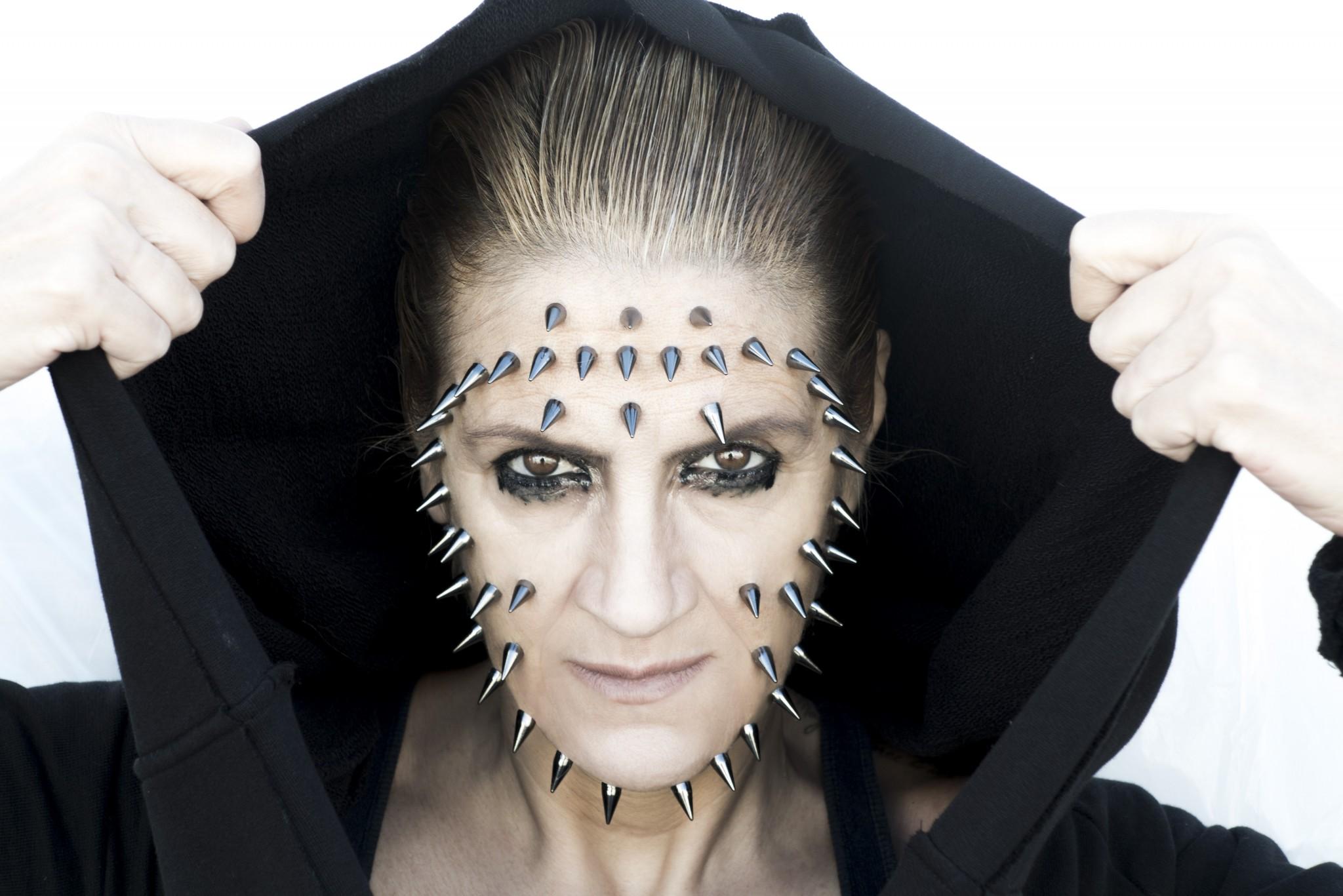 Καίτη Κωνσταντίνου - Ο ηθοποιός είναι ένας τρελός, είναι μια λοξή ματιά όλου του πράγματος