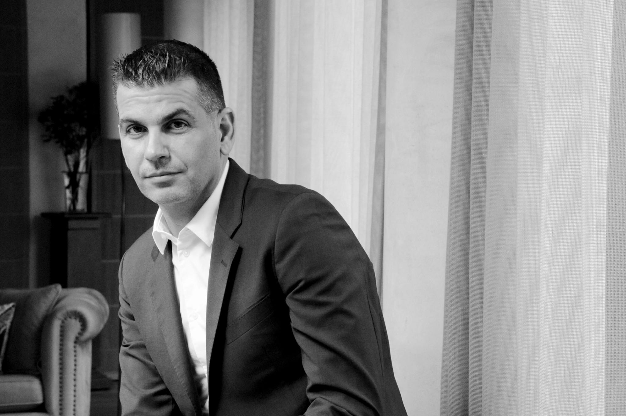 """Τάσος Τουρνάς - Πρώτα εμείς πρέπει να δούμε το """"σπίτι"""" μας να είναι καθαρό και όχι οι ξένοι"""