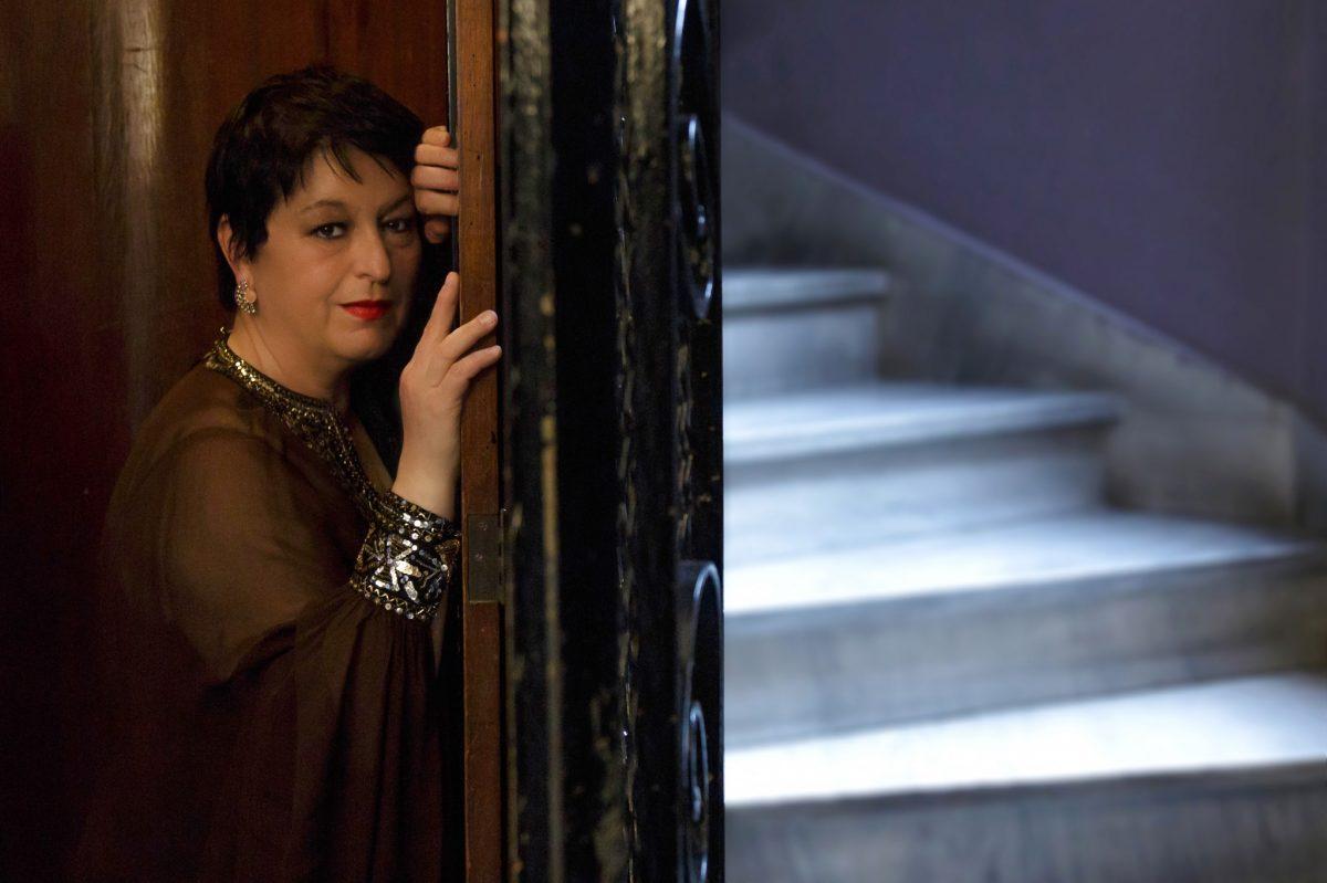 Σόνια Θεοδωρίδου - Οι Έλληνες είμαστε φιλότιμοι και πολυμήχανοι